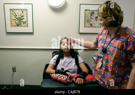 Jan 12, 2008 - St. Paul, Minnesota, USA - At Gillette Children's Specialty Healthcare, VERNICE HALL got a tender - Stock Photo