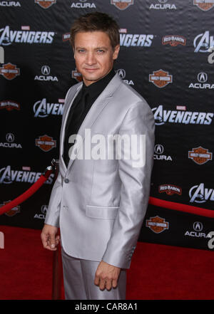 JEREMY RENNER THE AVENGERS. WORLD PREMIERE HOLLYWOOD LOS ANGELES CALIFORNIA USA 11 April 2012 - Stock Photo