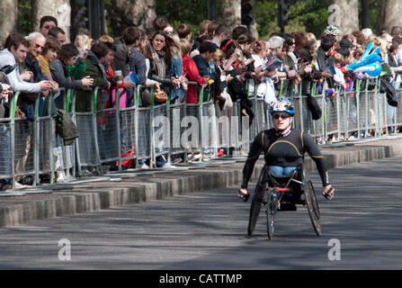 Tyler Byes of USA at the 25 mile point of the wheelchair race. Victoria Embankment Credit Line : Credit:  Elspeth - Stock Photo
