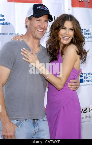 James Denton, Teri Hatcher at arrivals for 2nd Annual Block Party on Wisteria Lane Benefit for Cystic Fibrosis Foundation, - Stock Photo
