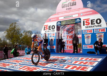 HERNING, Denmark - Saturday, May 5th, 2012: Australian Rabobank rider Graeme Brown rolls down the ramp for his start - Stock Photo