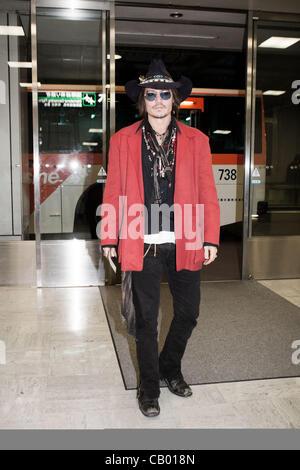 May 11, 2012, Chiba, Japan - US actor Johnny Depp arrives at Narita International Airport. Johnny Depp is in Japan - Stock Photo