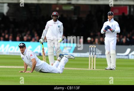 17.05.2012 London, England.  Andrew Strauss in action during the First Test between England and West Indies from - Stock Photo