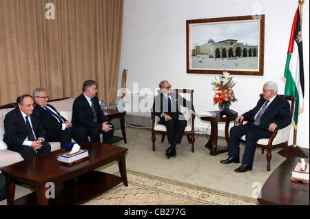 Jan. 27, 2008 - Ramallah, West Bank, Palestinian Territory - Palestinian President, Mahmoud Abbas (Abu Mazen) meets - Stock Photo
