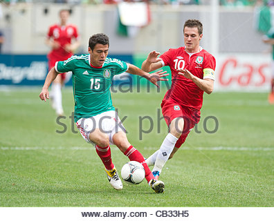 EAST RUTHERFORD, NEW JERSEY, USA - Sunday, May 27, 2012: Wales' captain Aaron Ramsey in action against Mexico during - Stock Photo