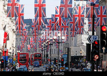London, UK. Sunday 27th May 2012. Union Jack Flags and red, white and blue bunting decorations for the Queen's Diamond - Stock Photo