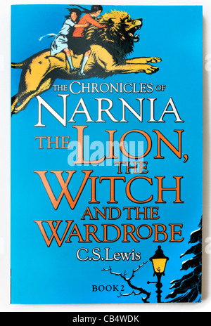 the lion the witch and the wardrobe novel pdf