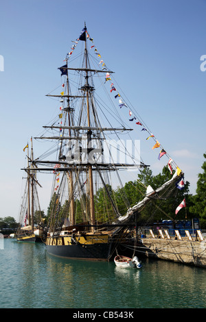 The Niagara and the Pride of Baltimore. Tall Ships 2011, Navy Pier, Chicago, Illinois. - Stock Photo