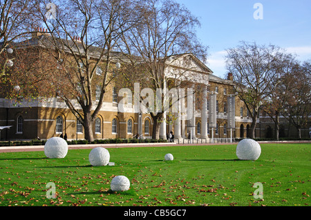 Saatchi Gallery, Kings Road, Chelsea, Royal Borough of Kensington and Chelsea, Greater London, England, United Kingdom - Stock Photo
