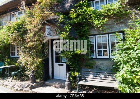 The Bat's Wing tearooms in a 17th century cottage in Godshill on the Isle of Wight - Stock Photo