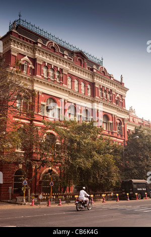 India, West Bengal, Kolkata, BBD Bagh, Writers Building, historic, former British Colonial administrative centre - Stock Photo