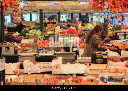 Rialto fruit marked, Venice, Italy