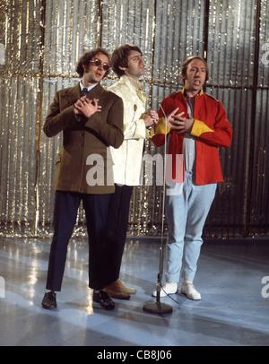 SCAFFOLD UK pop trio in December 1967 from left: John Gorman, Mike McGear, Roger McGough. Photo Tony Gale  - Stock Photo
