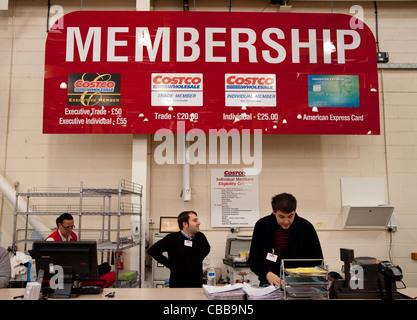 Membership desk, Costco discount warehouse store, Lakeside UK - Stock Photo