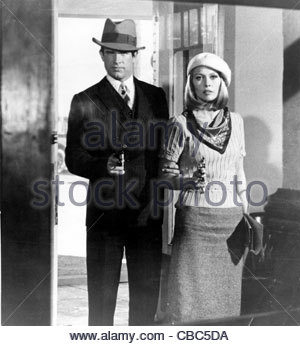 Warren Beatty and Faye Dunaway  in the 1967 film 'Bonnie and Clyde'. - Stock Photo