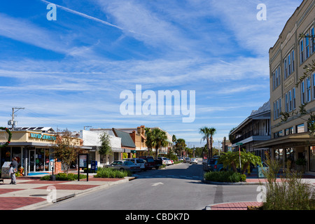The Main Street (Stuart Avenue) in downtown Lake Wales, a typical small town in Central Florida, USA - Stock Photo