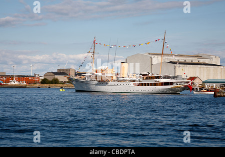 The Danish royal yacht, HDMY Dannebrog, has returned to its anchorings in the port of Copenhagen from the royal - Stock Photo