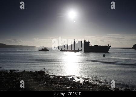 HMS Ocean returns to her home port of Devonport in Plymouth, Devon, UK. - Stock Photo
