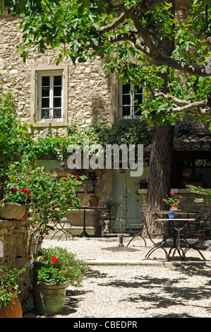 Fontaine de Vaucluse in the Vaucluse (84) departement of France - Stock Photo