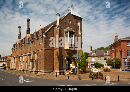 UK, England, Bedfordshire, Woburn, The Pitchings, old Town Hall - Stock Photo