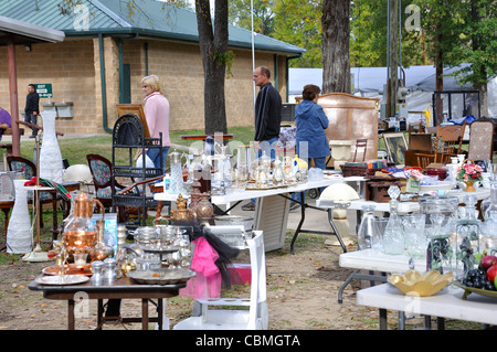 first monday flea market canton texas usa stock photo royalty free image 41633886 alamy. Black Bedroom Furniture Sets. Home Design Ideas
