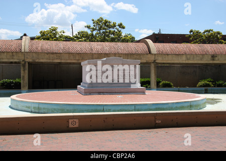 Tomb of Rev. Martin Luther King, Jr. and Coretta Scott King at the King Center, Atlanta, Georgia - Stock Photo