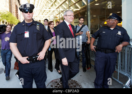 Australian Foreign Minister Kevin Rudd makes his way through security on his way to UN Headquarters in New York. - Stock Photo