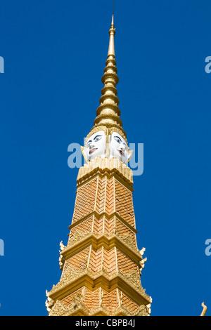 Royal Palace in Phnom Penh, Cambodia - Stock Photo