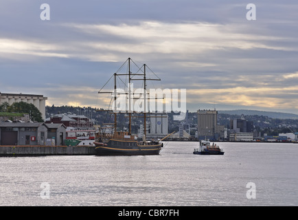 Oslo: sailing vessel in the waters of Oslofjord - Stock Photo