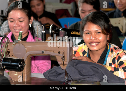 Vocational training for young women at the sewing school of the Life & Hope Association, Siem Reap, Cambodia - Stock Photo
