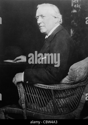 Vintage portrait photo circa 1910s of British politician Herbert Henry Asquith (1852 - 1928) - Liberal Prime Minister - Stock Photo