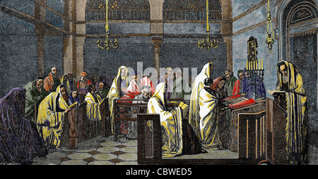 Jewish religion. Synagogue. Reading the Torah. Colored engraving. - Stock Photo