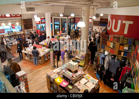 Strand Famous Bookstore on 828 Broadway, Manhattan (New York City) - Stock Photo