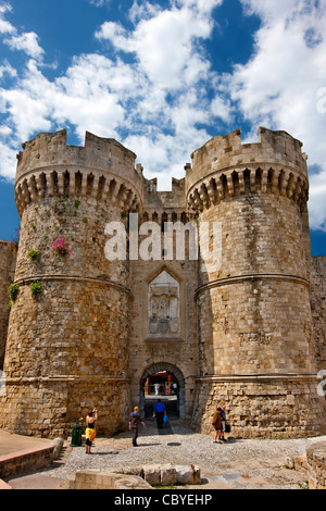Saint Catherine's gate at the seaside walls (Sachtouri coast) of the Medieval town of Rhodes, Dodecanese, Greece - Stock Photo