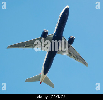 British Airways Boeing 777-200 (G-VIIF) takes off from London Heathrow Airport, England. - Stock Photo