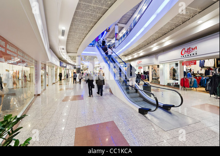 The Lowry Outlet Mall shopping centre, Salford Quays, Manchester, UK - Stock Photo