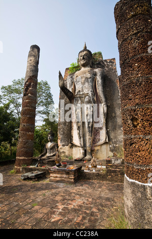 Buddha in Wat Saphan Hin, Sukhothai, Thailand Stock Photo ...