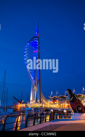 UK, England, Hampshire, Portsmouth, Gunwharf Marina, Spinnaker Tower - Stock Photo