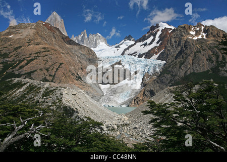Mount Fitz Roy, Piedras Blancas Glacier and the Laguna Piedras Blancas in the Andes mountains, Patagonia, Argentina - Stock Photo