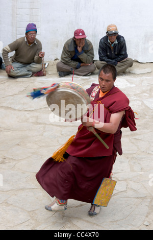 Kakwa traditional dance