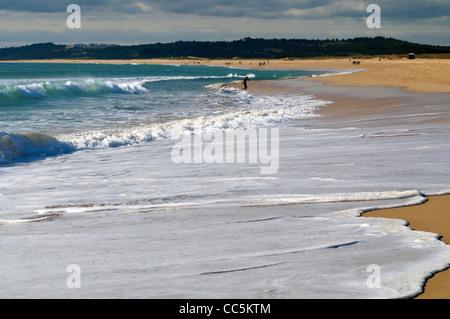 Portugal, Algarve: Wide sand beach Praia do Alvor in Alvor - Stock Photo