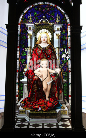 Madonna and Child Stained Glass by Joseph Bertini and Caesar Ponti as a gift for Pope Pius Xl - Stock Photo