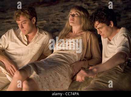 ALL THE KING'S MEN  2006 Columbia film with Kate Winslet with Jude Law at left and Mark Ruffalo - Stock Photo