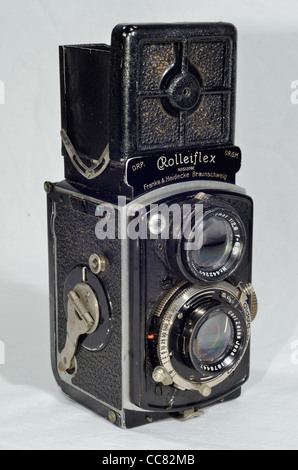 Mid 1930's Baby Rolleiflex 4x4 Tlr Camera Which Takes 127 Film ...