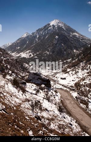 India, Arunachal Pradesh, mountains surrounding road through Sela Pass - Stock Photo
