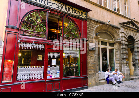 france rhone lyon restaurant bouchon lyonnais le garet the patron stock photo royalty free. Black Bedroom Furniture Sets. Home Design Ideas