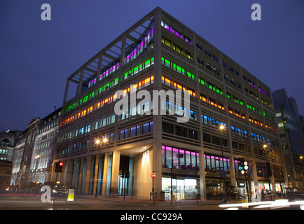50 Finsbury Square, Bloomberg HQ and Bloomberg Space, illuminated building in Finsbury Square, corner with City - Stock Photo
