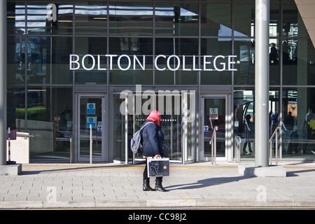 Bolton Sixth Form College, Town Centre Campus, Deane Road, Bolton, Greater Manchester, England, UK - Stock Photo