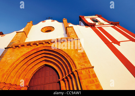 Portugal, Algarve. Main facade of the cathedral Sé Catedral in Silves - Stock Photo
