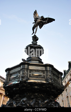 Statue of Eros and Memorial Fountain, Piccadilly Circus, West End, City of Westminster, London, England, United - Stock Photo